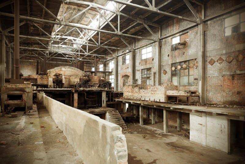 Fabbrica abbandonata fotografie stock libere da diritti