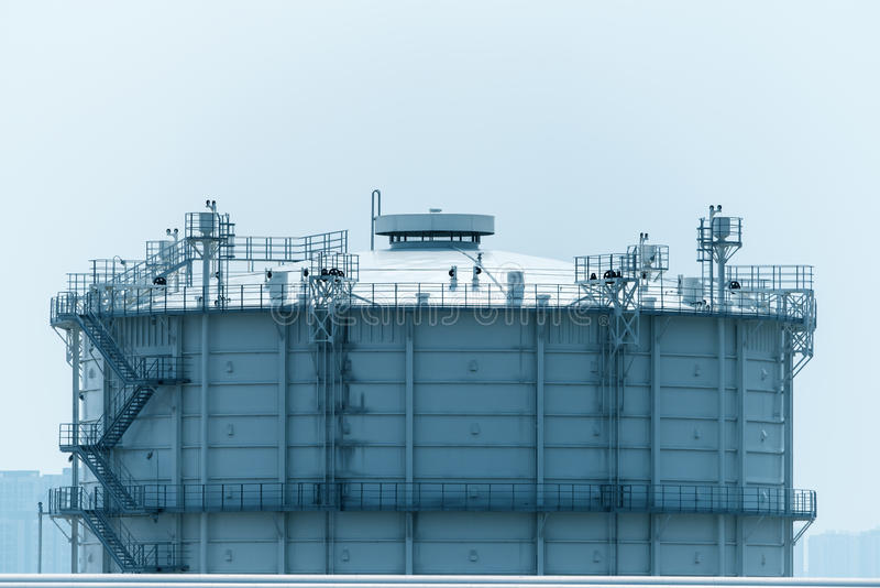 Download Fabbrica Elaborante Del Gas Paesaggio Immagine Stock - Immagine di generatore, energia: 55356597