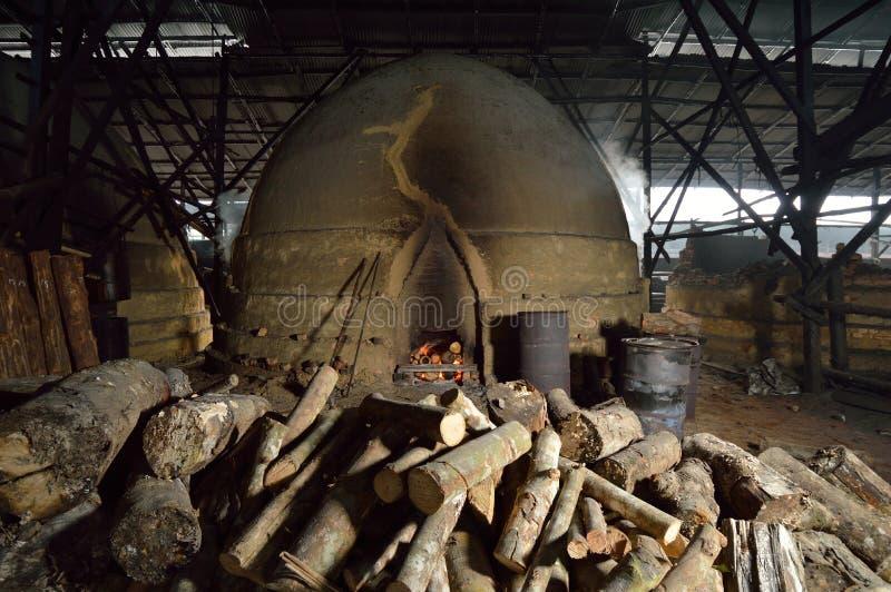 Fabbrica Kuala Sepetang del carbone immagine stock