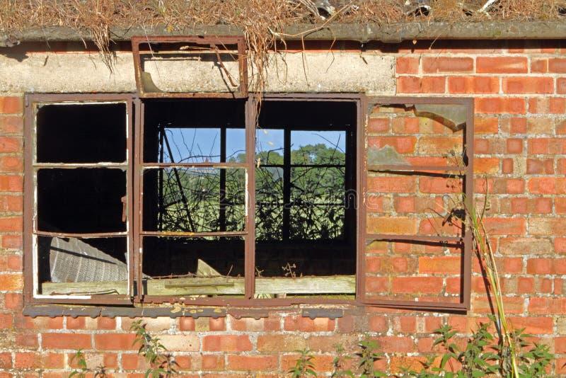 Fabbricato agricolo abbandonato fotografie stock libere da diritti