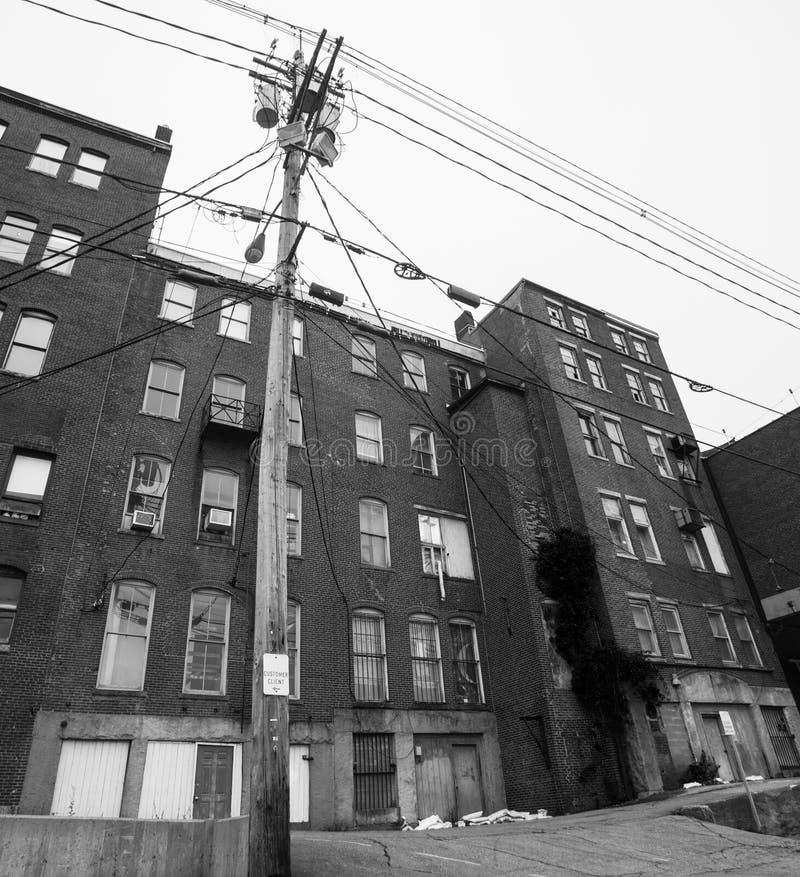Fabbricato industriale del vecchio mattone, Augusta, Maine, U.S.A. fotografia stock libera da diritti