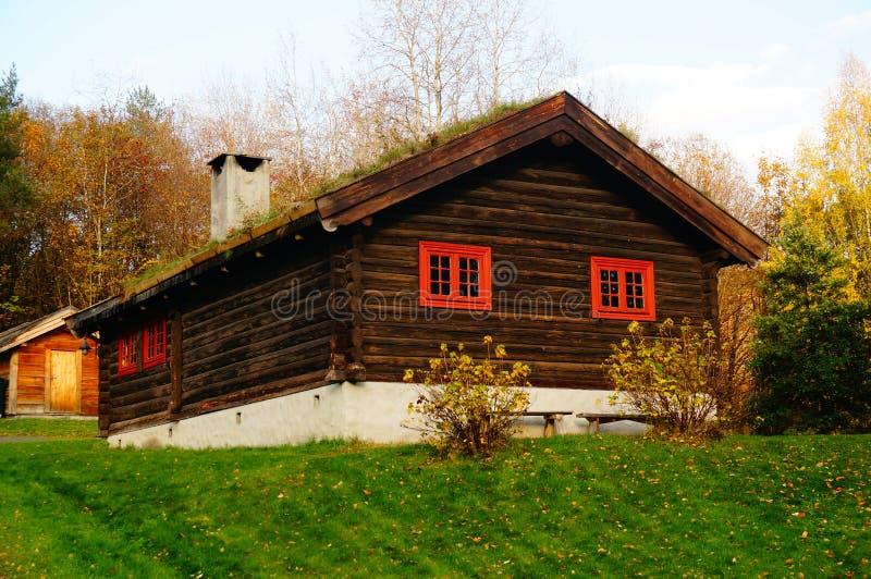 Fabbricato rurale di legno norvegese fotografia stock
