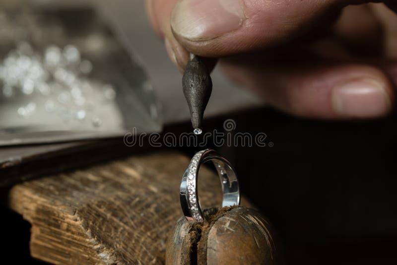 Fabbricazione dei gioielli del mestiere fotografie stock