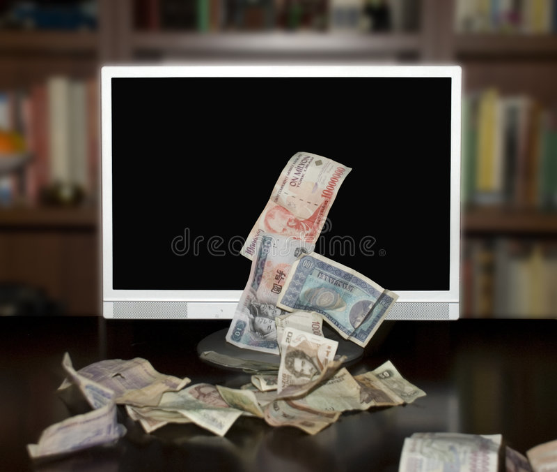 Fabbricazione dei soldi con il Internet immagini stock libere da diritti
