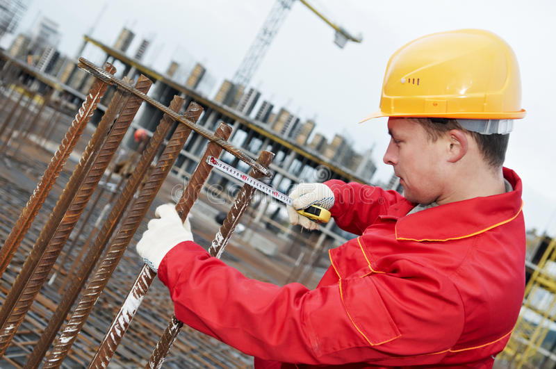 Fabbricazione dell'operaio di costruzione immagine stock libera da diritti