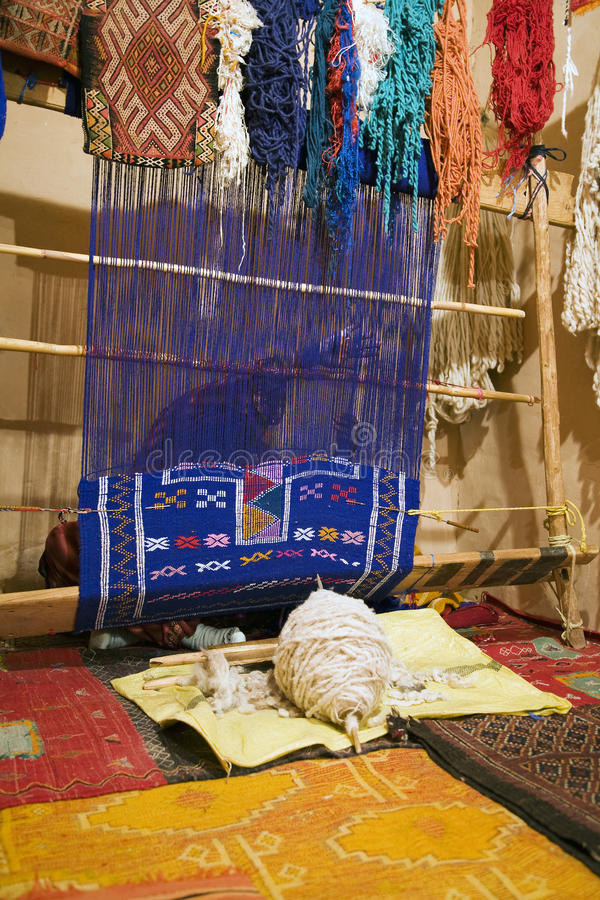 Fabbricazione della moquette di Berber fotografia stock libera da diritti