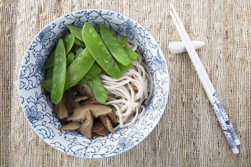 Fabbricazione della serie della minestra del Udon: Immagine quattro di nove immagine stock libera da diritti