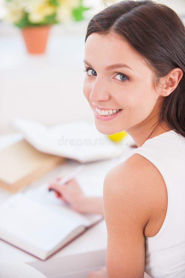 Fabbricazione delle note. fotografia stock libera da diritti