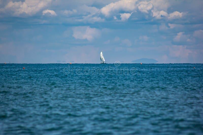 Fabelachtig beeld van een fantastische overzees op de kusten van Veneto, zijn wij op de stranden van Jesolo royalty-vrije stock fotografie