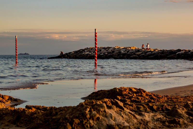 Fabelachtig beeld van een fantastische overzees op de kusten van Veneto, zijn wij op de stranden van Jesolo royalty-vrije stock afbeeldingen