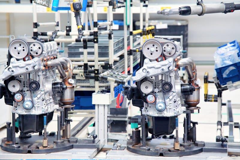 Fabricação do motor de automóveis fotografia de stock royalty free