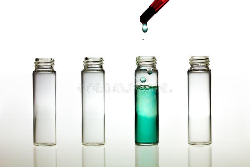 Fabricación de la prueba del pH imagenes de archivo