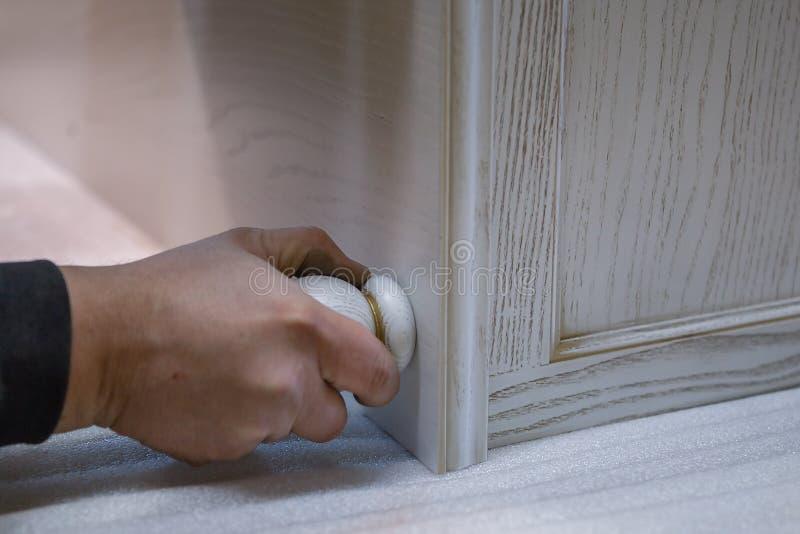 Fabricación de los muebles de la madera Carpintero del trabajo Herramientas de la carpintería fotos de archivo libres de regalías