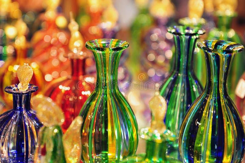 Fabricación del vidrio en la isla de Murano, Italia imagenes de archivo