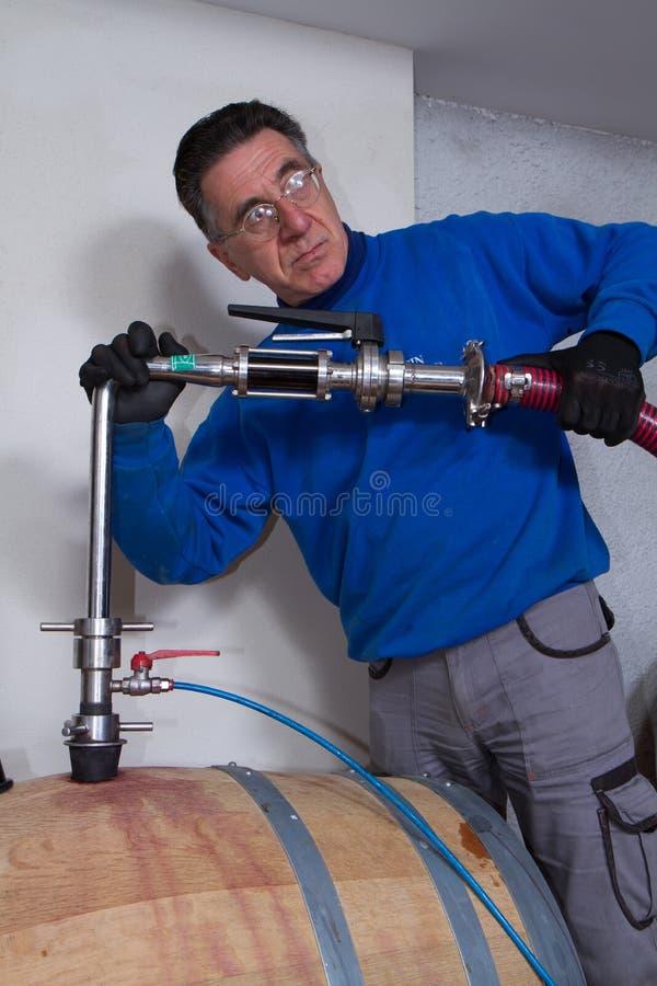 Fabricant de vin de cave images stock