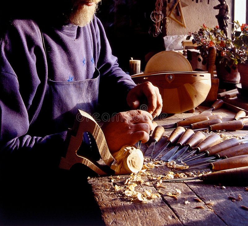 Fabricante amarrado velho dos instrumentos fotografia de stock