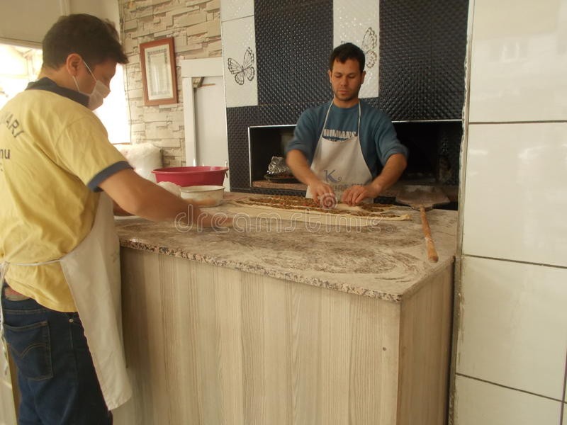 Fabricante de pão de Pideci - de Pitta foto de stock royalty free