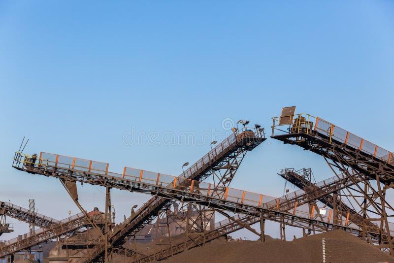 Fabrik-Förderband-Yard-Produktion stockfotografie