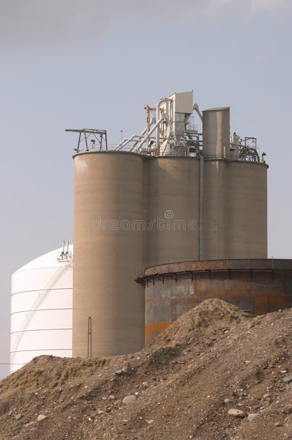 Fabrik-Skyline stockbilder