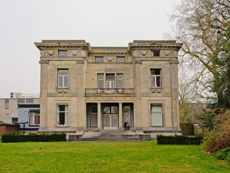 ` Fabrikantenvilla `或制造商别墅在恩斯赫德 免版税库存图片