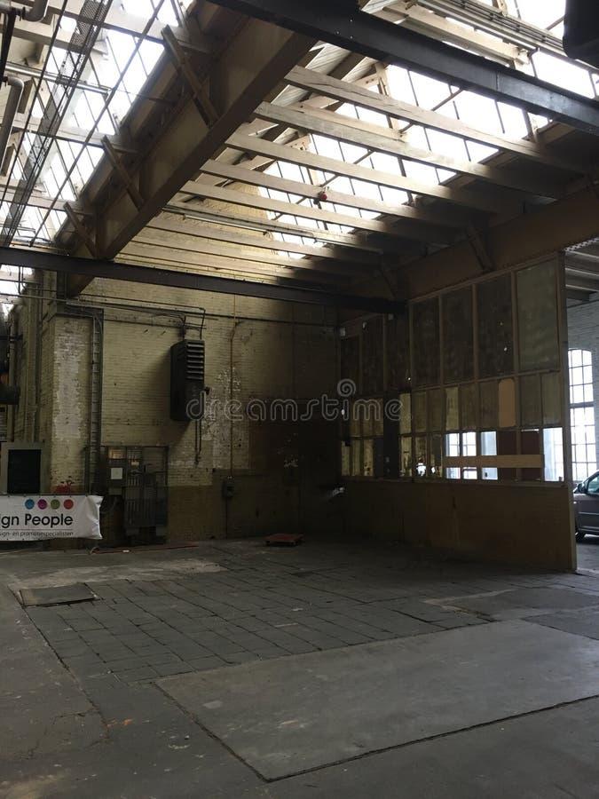 Fabrikhalle lizenzfreie stockbilder