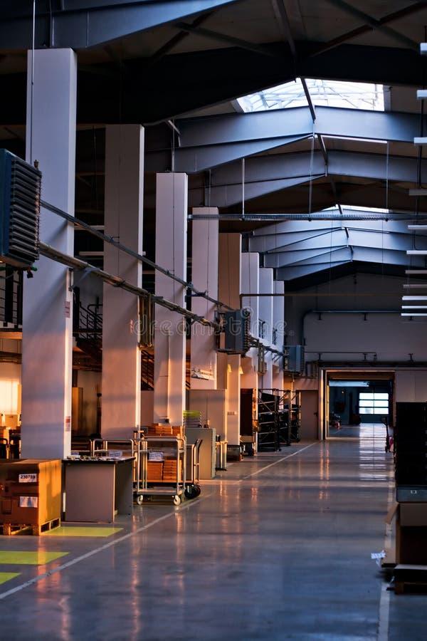 fabrikskorridor royaltyfria foton
