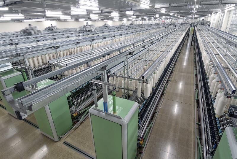 Fabryczna bawełniana przędzalniana maszyna zdjęcie stock
