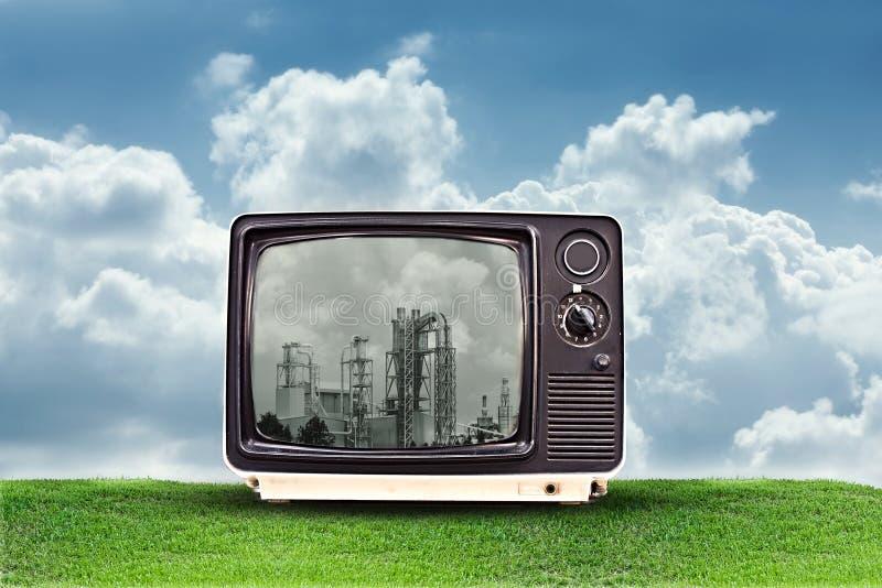 fabryka tv zdjęcia royalty free