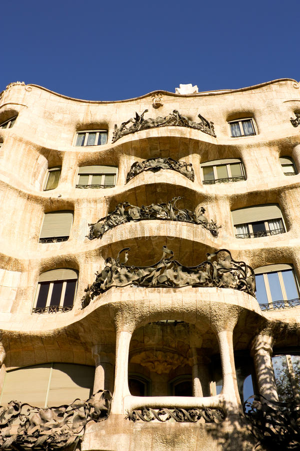 Download Facade Of Cada Mila Or La Pedrera Editorial Photography - Image: 13394392