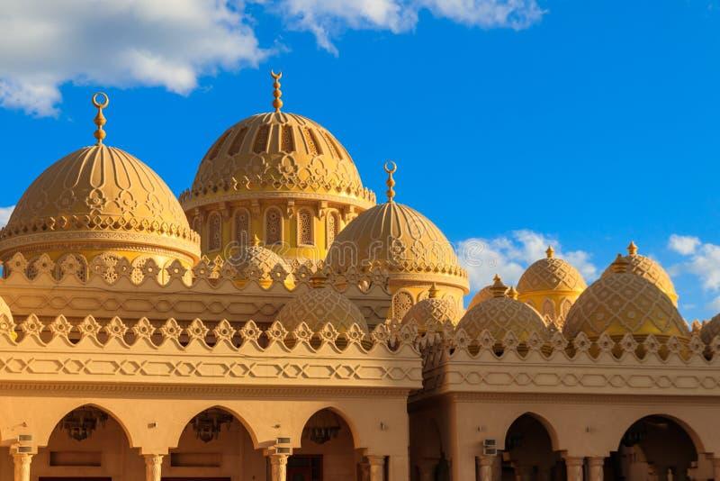 Facade da Mesquita El Mina Masjid em Hurghada, Egito imagens de stock royalty free