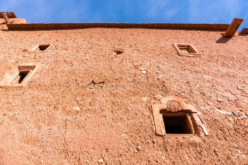 Facade em Ait ben Haddou perto de Ouarzazate na borda do deserto do saara em Marrocos Montanhas Atlas Usado em muitos imagens de stock royalty free