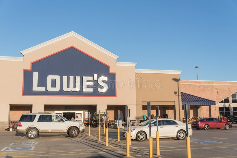 Facade entrance of Lowe home improvement retailer in USA. HOUSTON, TX, USA-SEP 30, 2016:Entrance exterior to Lowe`s store. A Fortune 500 American company royalty free stock photography