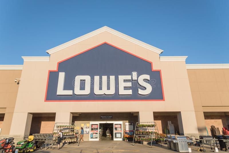 Facade entrance of Lowe home improvement retailer in USA. HOUSTON, TX, USA-SEP 30, 2016:Entrance exterior to Lowe`s store. A Fortune 500 American company royalty free stock photo
