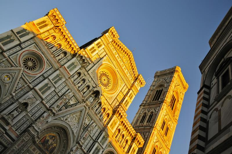 The Facade of Florence Cathedral at dusk stock foto