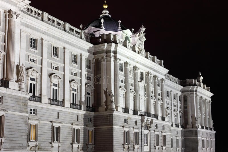 Download Facade Of Grandiose And Majestic Royal Palace Stock Image - Image: 30423621