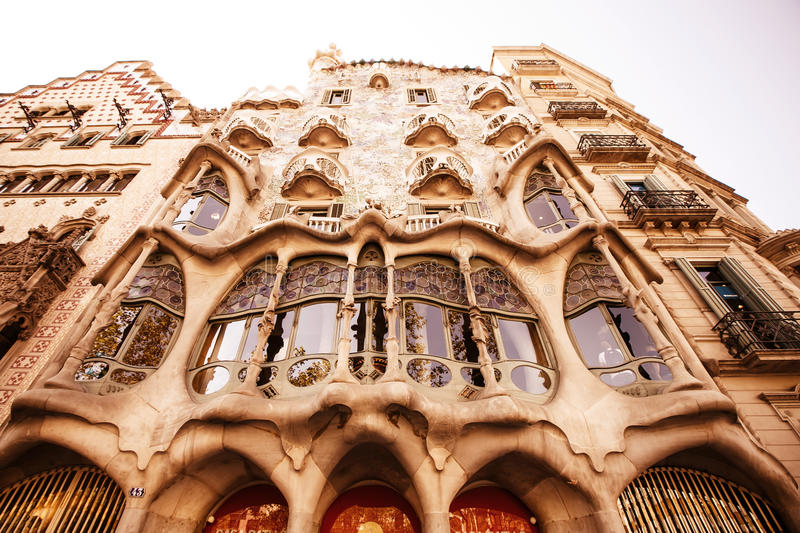 Download The Facade Of The House Casa Battlo Editorial Stock Photo - Image: 27887143