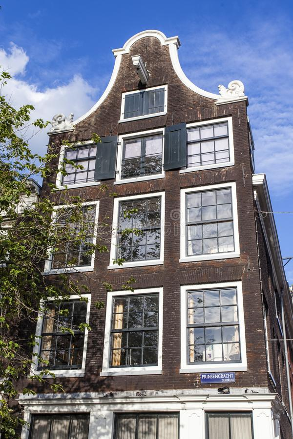 Facade of an old 17th century house along the Prinsengracht canal in Amsterdam - Holland. The Netherlands stock images