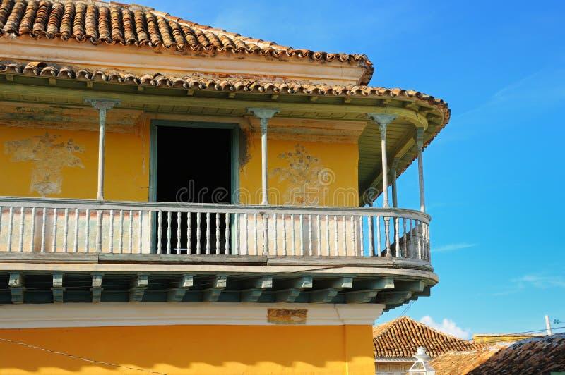 facade tropiska trinidad arkivbild