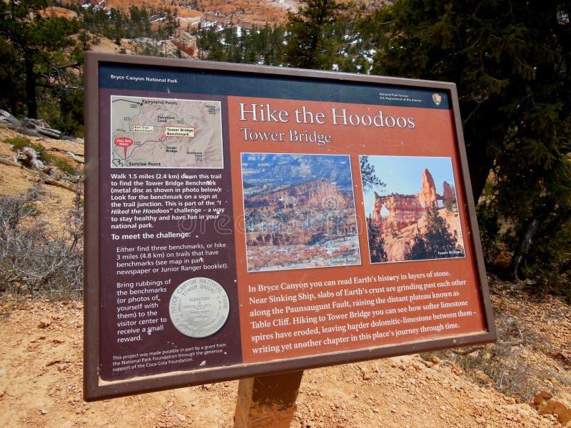 Faccia un'escursione il contrassegno di Bryce Canyon National Park Utah dei menagrami immagini stock libere da diritti