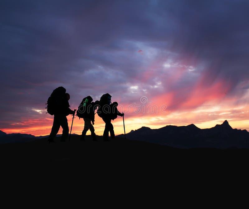 faccia un'escursione il tramonto fotografie stock libere da diritti