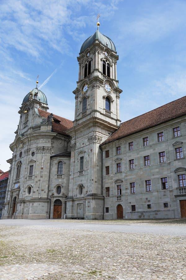 Facciata anteriore dell'abbazia del benedettino in Einsiedeln fotografia stock