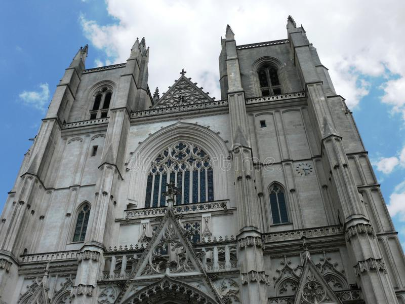 Facciata cattedrale del ` s di St Paul e di St Peter, Nantes fotografie stock
