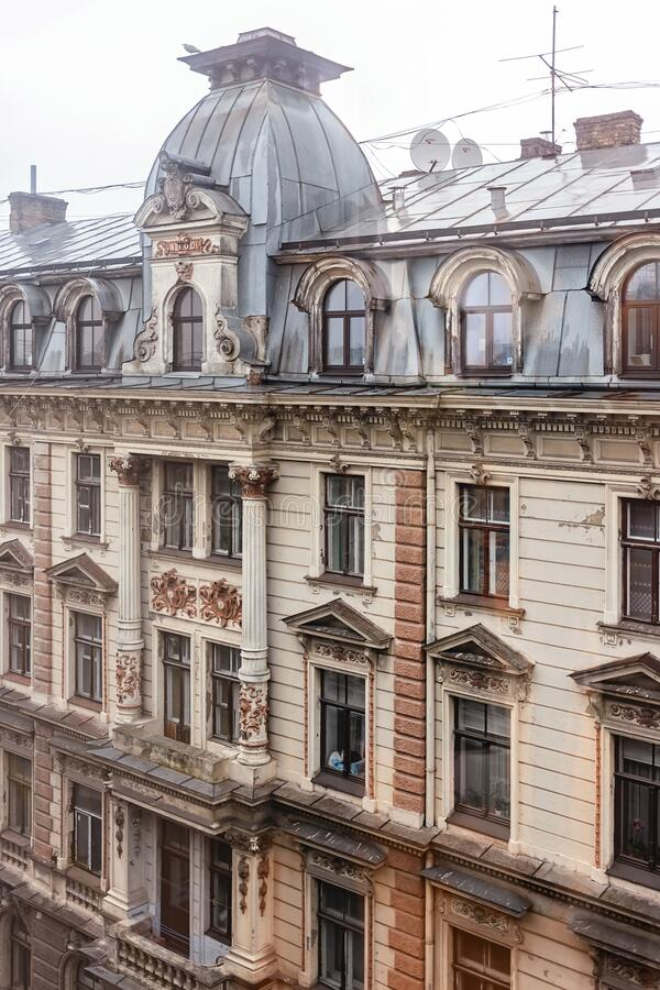facciata dell'edificio Art Nouveau fotografia stock