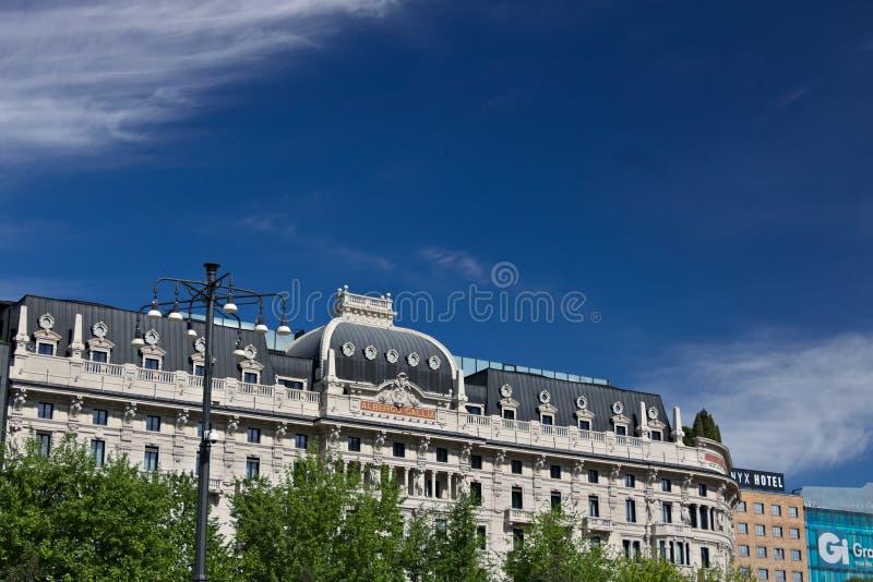 Facciata dell'hotel Gallia a Milano, recentemente completamente renovat fotografia stock libera da diritti
