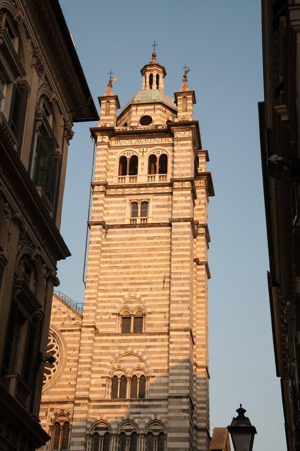 Facciata della cattedrale di St Lawrence, Italia fotografia stock