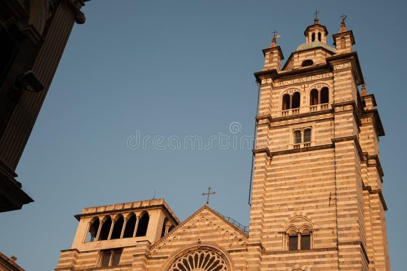 Facciata della cattedrale di St Lawrence, Italia fotografie stock