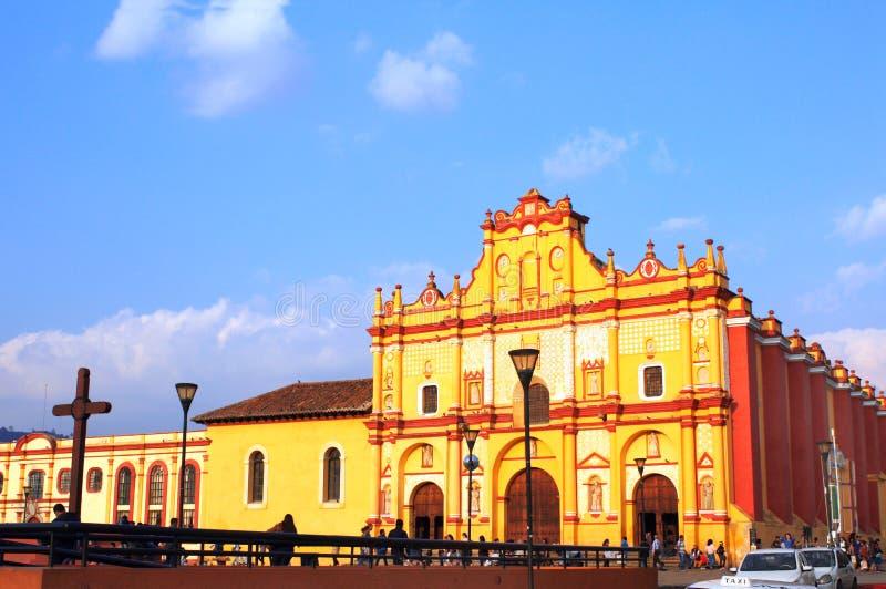 Facciata della cattedrale San Cristobal de Las Casas, Messico fotografie stock libere da diritti