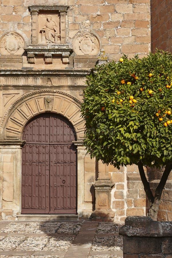 Facciata della chiesa di San Mateo in Banos Encina Jaen, Andalusia fotografia stock libera da diritti