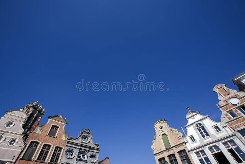 Facciata delle costruzioni del XVIII secolo in Malines, Belgio immagini stock libere da diritti