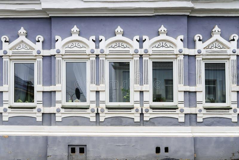 Good download facciata di vecchia casa di pietra for Design frontale della casa a un piano